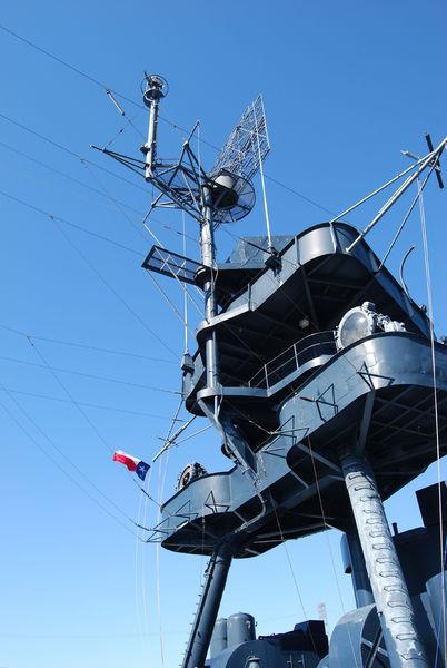 antennas_n_flag_battleship