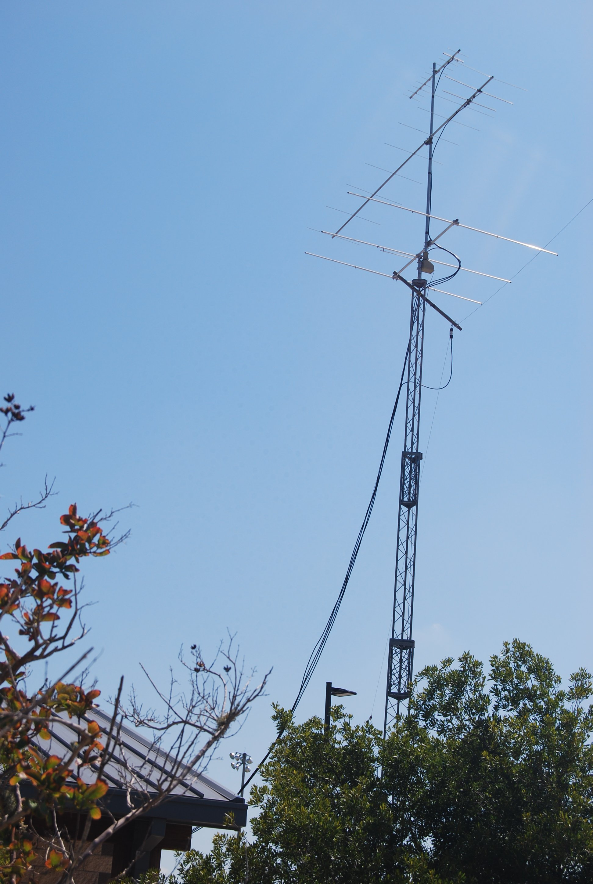 tower_n_beams_vhf_uhf